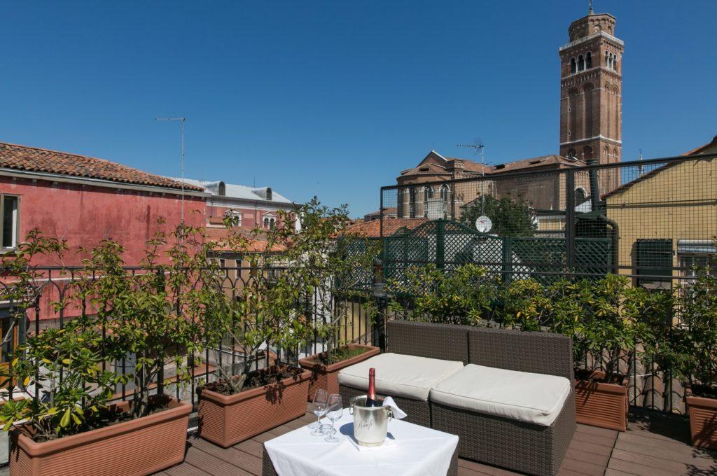 Galería Hotel Pantalon Venezia Official Website